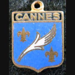 blason en émail de la ville de Cannes 12 x 16 mm