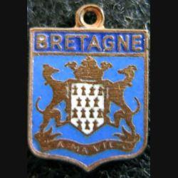 blason en émail de la Bretagne 16 x 11 mm