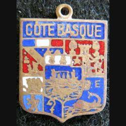 blason émail de la Côte basque 14 x 19 mm doré