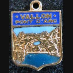 Blason en émail de Vallon-Pont-d'Arc 11 x 16 mm doré