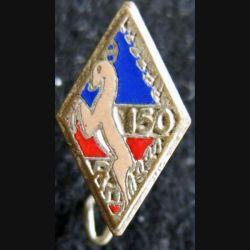 Insigne métallique en réduction du 150° régiment d''infanterie en émail