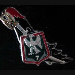 7° RCH : insigne du 7° régiment de chasseurs Ballard finition argent translucide vert foncé (14)