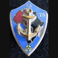 13° TS : insigne métallique du 13° régiment de tirailleurs sénégalais de fabrication Drago Béranger H. 650 émail
