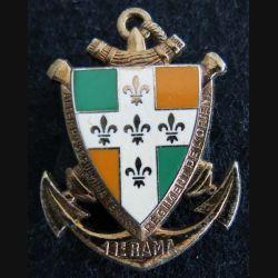 11° RAMA : insigne métallique du 11° régiment d'artillerie de marine de fabrication Delsart Sens G. 820