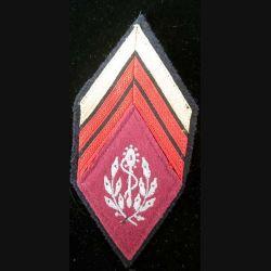 LOSANGE DE BRAS MODÈLE 45 : losange de bras de caporal chef du service de santé