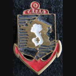 CEFEO : insigne en métal peint du Corps Expéditionnaire Français en Extrême Orient fabrication locale