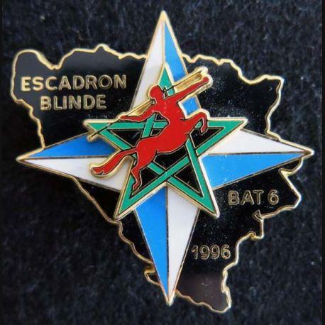 RICM : insigne métallique du 2° escadron blindé du régiment d'infanterie et chars de marine BAT INF 6 IFOR 96 Drago