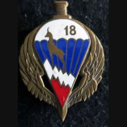 18° RIPC : insigne métallique du 18° régiment d'infanterie parachutiste de choc de fabrication Drago OM déposé