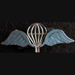 BELGIQUE : insigne métallique du brevet parachutiste militaire belge