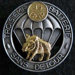 35° RAP : insigne métallique de la 3° batterie du 35° régiment d'artillerie parachutiste de fabrication Boussemart