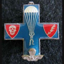 PARA ITALIE : insigne métallique  parachutistes italiens en forme de croix