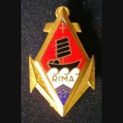 22° RIMA : insigne du 22° régiment d'infanterie de marine de fabrication Aremail H. 186 avec éclat d'émail