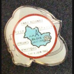 PIN'S FINALE RÉGIONALE ÉPREUVES ATHLÉTIQUES BLOIS JUIN 1993 HAUTEUR 2,8 cm (L23)