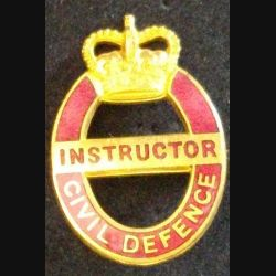 insigne type broche anglais d'INSTRUCTOR CIVIL DEFENSE de hauteur 3,4 cm en émail (L 24)