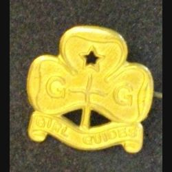 insigne anglais de type broche des GIRL GUIDES en métal doré de fabrication Collins London (L 24)