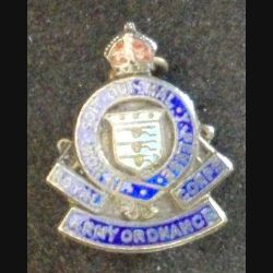 insigne anglais de type broche du THE ROYAL CORPS ARMY ORDNANCE en argent de largeur 2 cm (L 24)