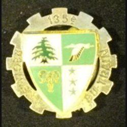 135° RT : insigne métallique du 135° régiment du train sans nom de fabricant  G. 2449 en émail
