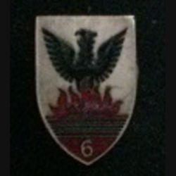 6° RCA : insigne du 6° régiment de chasseurs d'Afrique en émail grand feu de chez Arts et Insignes (L7)