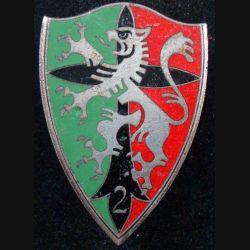 2° RCH : 2° régiment de chasseurs de fabrication Arthus Bertrand en émail vert clair (L85)