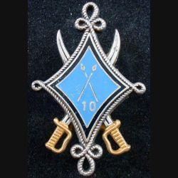 10° RH : insigne métallique du 10° régiment de hussards de fabrication Fraisse G. 2780