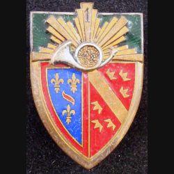 1° RCH : 1° régiment de chasseurs, 1 au dessus du cor, de fabrication Drago Béranger en émail (L84)