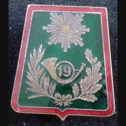 19° RCH : 19° régiment de chasseurs de fabrication Drago G.1333 en émail (L89)