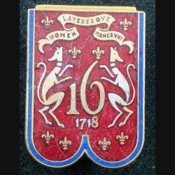 16° RD : insigne métallique du 16° régiment de dragons en émail petit boléro