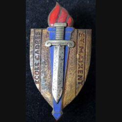 ECOLE : Insigne métallique de l'école des cadres de Saint Maixent de fabrication Drago Béranger en émail (L16)