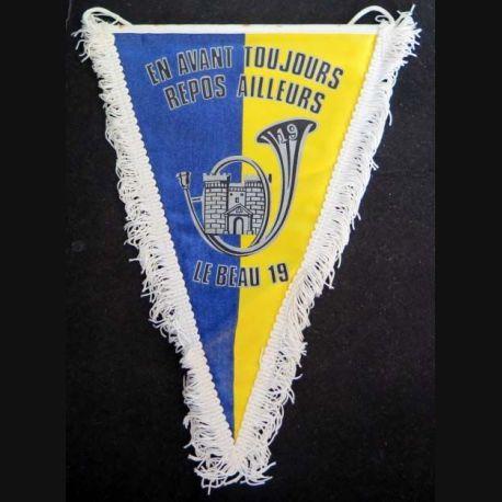 19° BCP : fanion du 19° bataillon de chasseurs à pieds en tissu imprimé