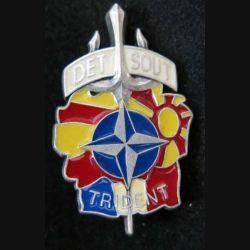 DET SOUT : Insigne métallique de Détachement de Soutien Opération Trident KFOR (L129)