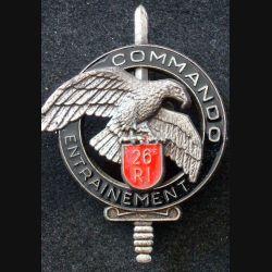 CEC 26° RI : insigne du Centre d'Entrainement Commando du 26° Régiment d'Infanterie de fabrication DELSART GS. 31