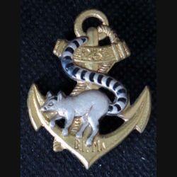 23° BIMA : insigne métallique du 23° bataillon d'infanterie de marine de fabrication Drago G.1613 en émail