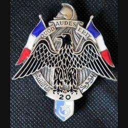 20° RD : insigne métallique du commando noir du 20° régiment de dragons en Afrique du Nord de fabrication Drago Paris en émail