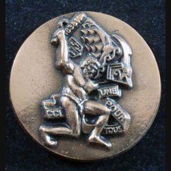 2° RIMA : médaille métallique ronde de la CCL du 2° Régiment d'Infanterie de Marine en bronze numérotée 105 (L201)