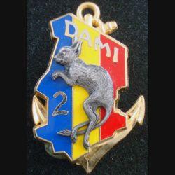 2° RIMA : Insigne métallique du DAMI TCHAD du 2° Régiment d'Infanterie de Marine Fraisse bleu jaune rouge fond doré (L201)