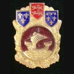 1° COMA : insigne de la 1° section des commis ouvriers militaires d'administration de fabrication Drago H. 580
