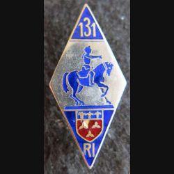 131° RI : insigne métallique du 131° régiment d'infanterie de fabrication Arthus Bertrand Paris Déposé émail