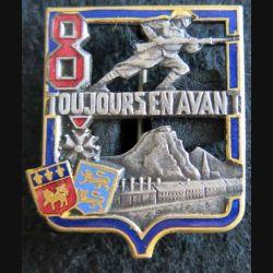 8° BI : Insigne métallique du 8° bataillon d'infanterie ROUEN Drago Béranger  H. 277 en émail