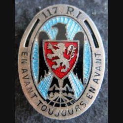 117° RI : insigne métallique du 117° régiment d''infanterie de fabrication Drago Paris G. 428