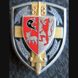 88° RI : insigne métallique du 88° régiment d'Infanterie de fabrication A.B Paris G. 1322 émail