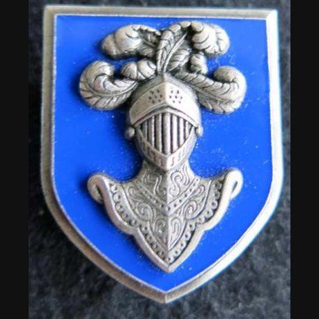 EAABC : insigne métallique de l'école d'application de l'arme blindée cavalerie de Saumur de fabrication Delsart H. 603