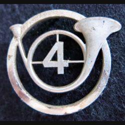 4° RCH : insigne métallique de béret du 4° régiment de chasseurs de fabrication Drago Paris