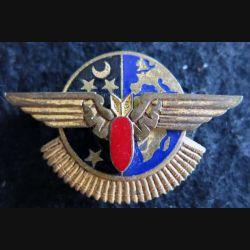 BA 102 : insigne métallique de la base aérienne 102 Drago en émail sans attache