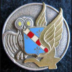 BA 105 : insigne métallique de la base aérienne 105 d'Évreux de fabrication Drago A. 1002 en émail