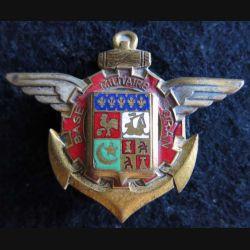 BMO : insigne métallique de la base militaire d'Oran fabrication Drago O.M H. 704 émail