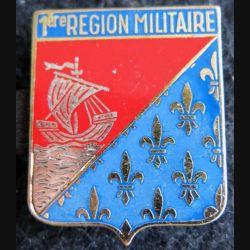 1° RM : insigne métallique de la 1° région militaire de fabrication Drago Paris G. 2219