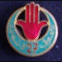 27° RTA : 27° régiment de tirailleurs algériens Arthus Bertrand Paris Déposé ABPD émail vert clair (L 12)