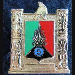 5° RMP : insigne métallique du 5° régiment mixte du Pacifique de fabrication Drago  G. 2988