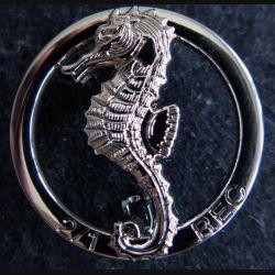 1° REC  : Insigne métallique du 2° escadron du 1° Régiment étranger de cavalerie J.Y Ségalen chromé