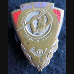 1° BIL : insigne métallique du 1° régiment d'Infanterie légère (d'Afrique) de fabrication Drago Béranger émail